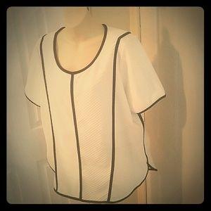 Black off white geometric texture hi lo tunic xl