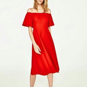 Zara Off the Shoulder dress Red XS