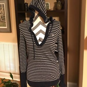 American Eagle Outfitters Pullover Sweater