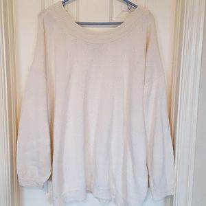 Sweaters - Egg shell knit sweater