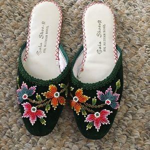 NWOT handmade vintage beaded slippers