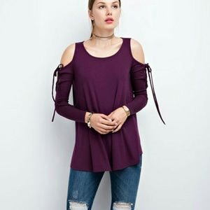 Cold shoulder lace up sleeve top ( COMING  )