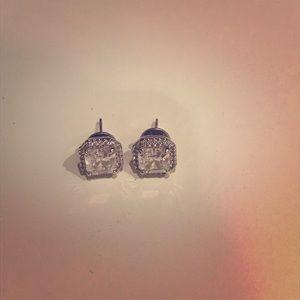 Henri bendel square stud crystal earrings