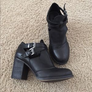 Chinese Laundry black leather booties