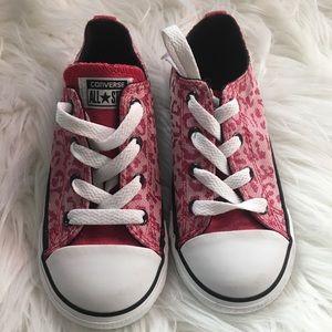 Leopard print pink converse