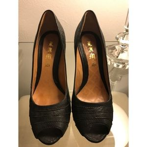 L.A.M.B. Black Leather Open Toe Pumps