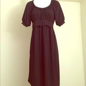 Liz Lange Maternity dress 👗