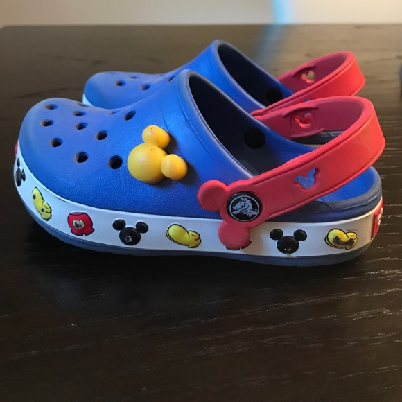 9209ef0f6 CROCS Other - Light up! Mickey Mouse Disney Crocs
