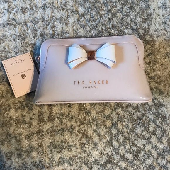 3ef061abf50ee NWT Ted Baker Aimee Cosmetic Case!