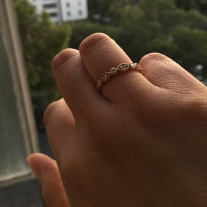 Jewelry - 14k rose gold antique style ring