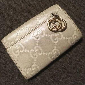 GUCCI GG cream leather key holder