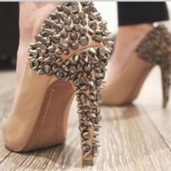 b96446731e265 Sam Edelman Shoes - Sam Edelman Roza nude leather   spike pump