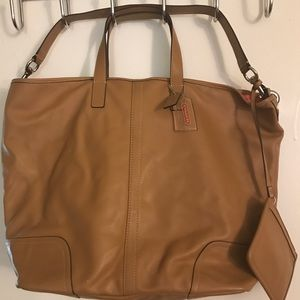 Coach Tote in excellent condition