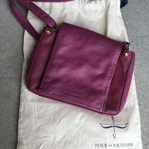 Pour La Victoire plum handbag