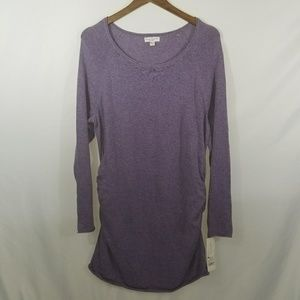 Liz Lange maternity plus size 2X purple top