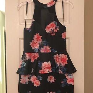 👗🌺🌸NWT Floral black skater halter dress 🌵💃🏻