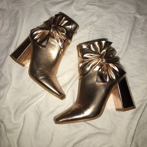 ASOS Boohoo Rose Gold Bow Boots