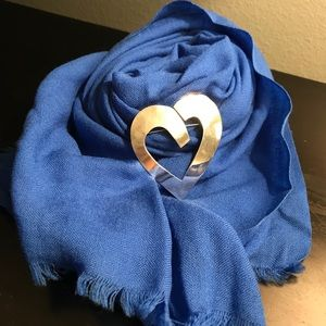 Accessories - NWOT ROYAL BLUE LINEN SCARF🦋
