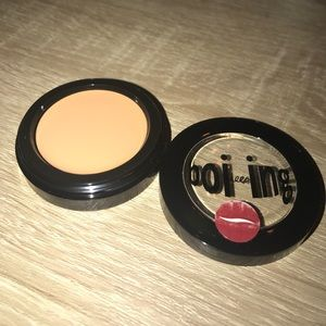 Benefits Boi-ing Concealer shade 02