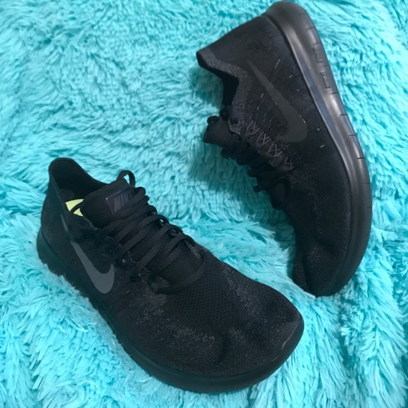 Men's Nike Fee RN Flyknit sz10