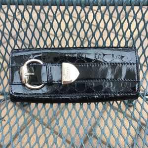 Gucci patent leather monogram wallet/clutch!