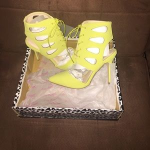 Anne Michelle Shoes (New)