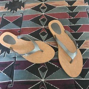 Shoes - Starfish Flip Flops🐋🦈