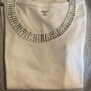 Sale! Like new! Style & Co top with stud design