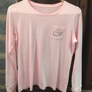 Vineyard Vines pocket tee size small. Long sleeve