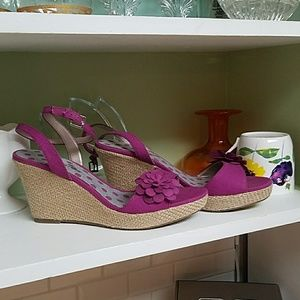 Montero bay club magenta wedge sandal. Great condi