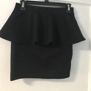 NWT Zara peplum skirt