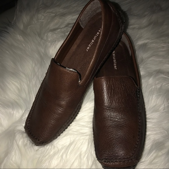 ffe10f9e04a Naturalizer Mazzy Leather Loafers size 8N