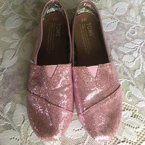 Toms Girl's Slip-on Pink glitter 2.5Y