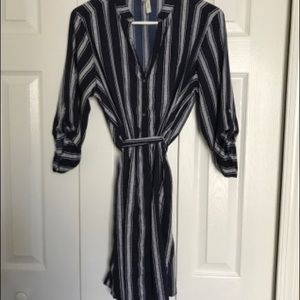 Dresses & Skirts - Navy blue silk dress