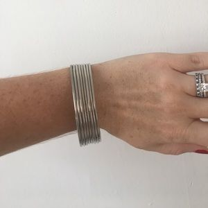 Jewelry - Set of silver bangles