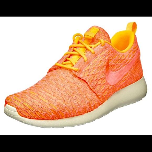Nike Women's Rosie One Flyknit Laser Shoes