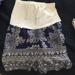 Pants - Maternity shorts - size small