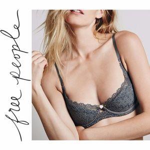 Free People feminine & flirty lace Underwire Bra