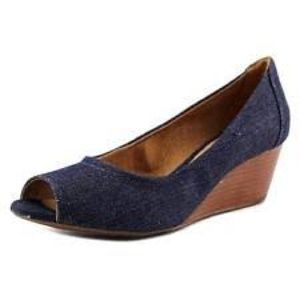 Brand New Clarks Peep Toe Wedges Shoes Denim