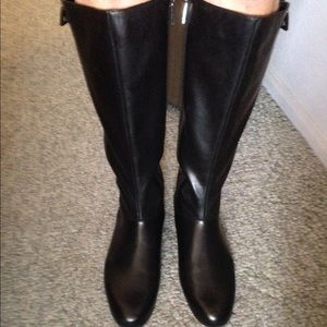 🌺Final sale Size 9.5  Black leather boot