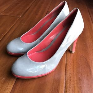 Gray & coral patent leather heels