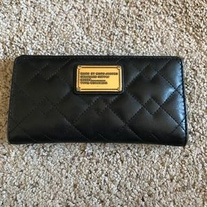 Marc by Marc Jacobs quilted wallet!