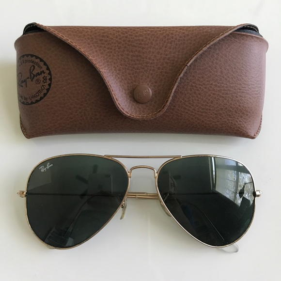 f2747a7ff5a0 Ray-Ban Aviator Gold Frame Green Lens Sunglasses. M 59bec3205a49d07ee3089fa4