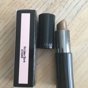 NIB Mary Kay Golden Lipstick