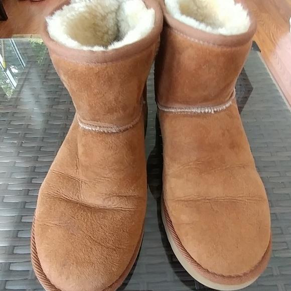 Camel Uggs mini boots