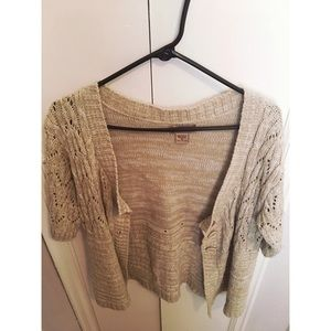 Art and Soul tan sweater