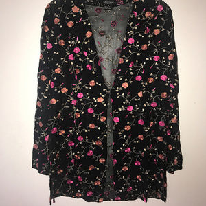 Karen Kane Black Floral Embroidered Top