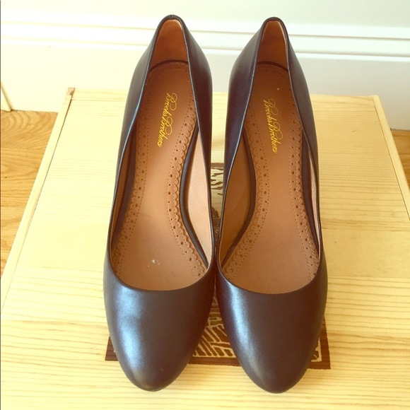 037025b0c Brooks Brothers Shoes - Genuine Leather Brooks Brothers High Heels