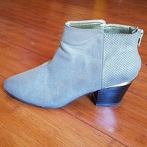 J-LO TAUPE ANKLE BOOTIE