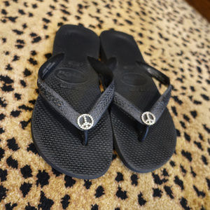 Womens Black Havaianas With Crystal peace sign
